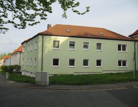Paul-Straub-Str. 11
